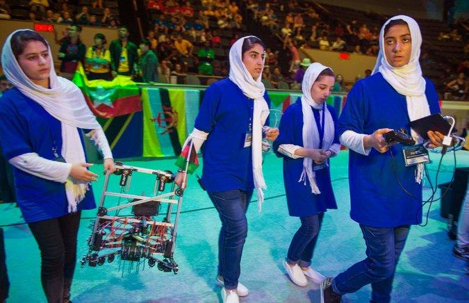 19dc-Afghangirls3-master675